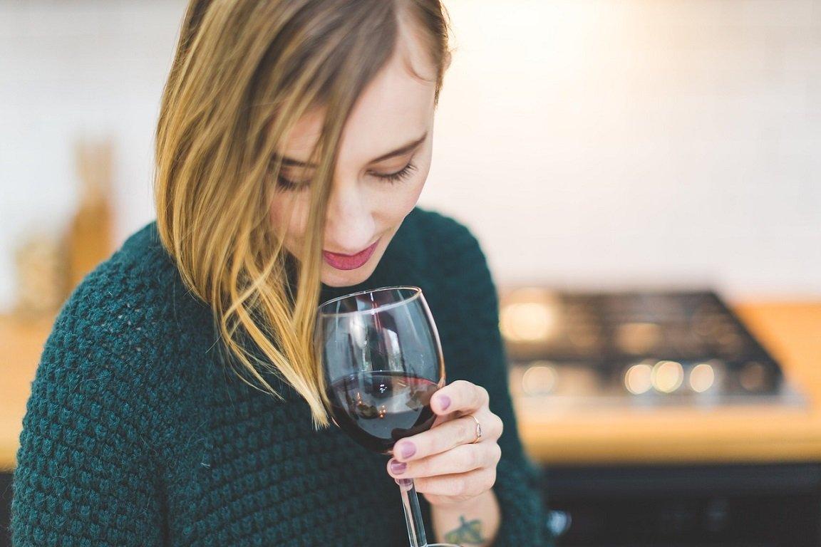 Vrouw alcoholverslaving