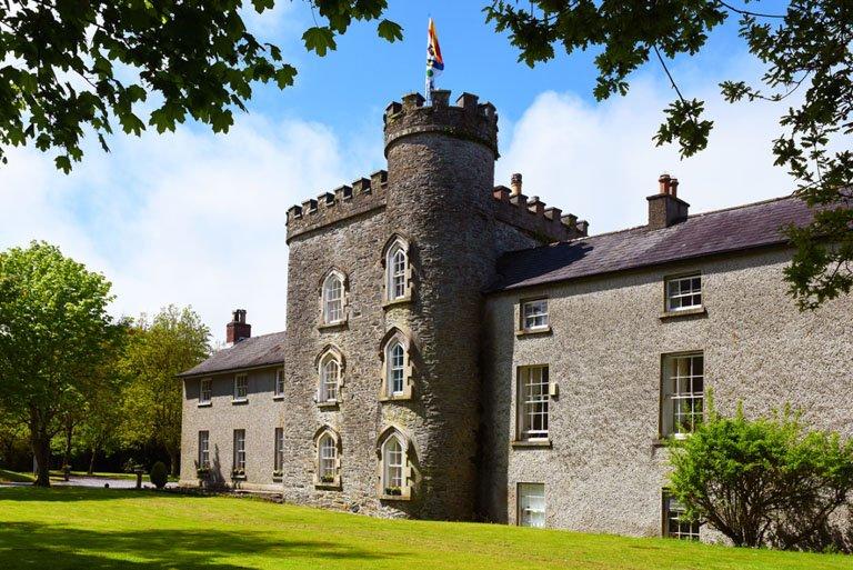Castle Craig Smarmore alcohol rehabe centre